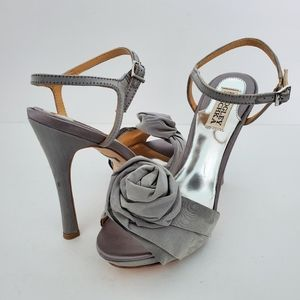 Badgley Mischka Gray Rose Heels